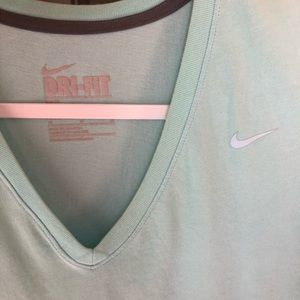 Nike Slim Fit V-neck